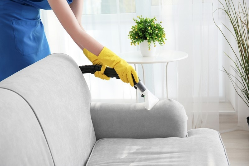 Upholstery-Cleaner-Hunts-Point-WA